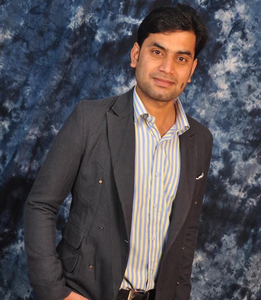 Anand Kumar Jha-Aeronautical engineer|SEO Expert|Blogger from Chandigarh, India